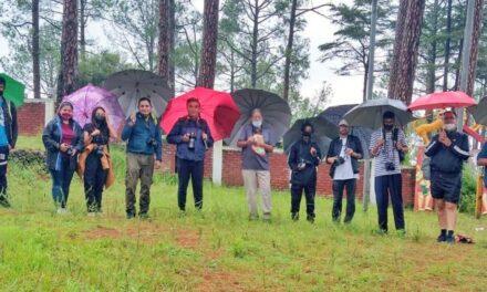 विश्व फोटोग्राफी दिवस पर  उदयशंकर फोटोग्राफी अकादमी अल्मोड़ा ने किया फोटो वॉक का आयोजन।