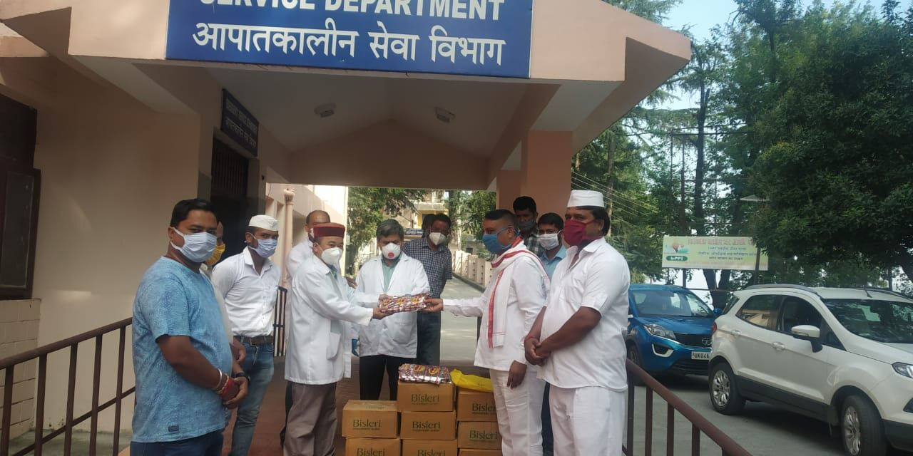 कर्नाटक ने बेस अस्पताल जा कर स्वास्थ्य सेवाओं का लिया जायजा।