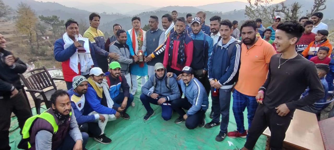 अलई क्रिकेट लीग का समापन, पूर्व उपाध्यक्ष एनआरएचएम कर्नाटक ने किया पुरस्कार वितरण