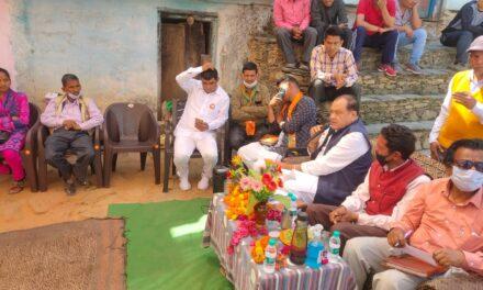 सल्ट में भाजपा दिग्गजों ने डाला डेरा, जीत के लिए भाजपा ने कमर कसी।