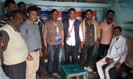 पीपल्स पार्टी आॅफ इंडिया  (डेमोक्रेटिक )के प्रत्याशी ने किया जनसंपर्क