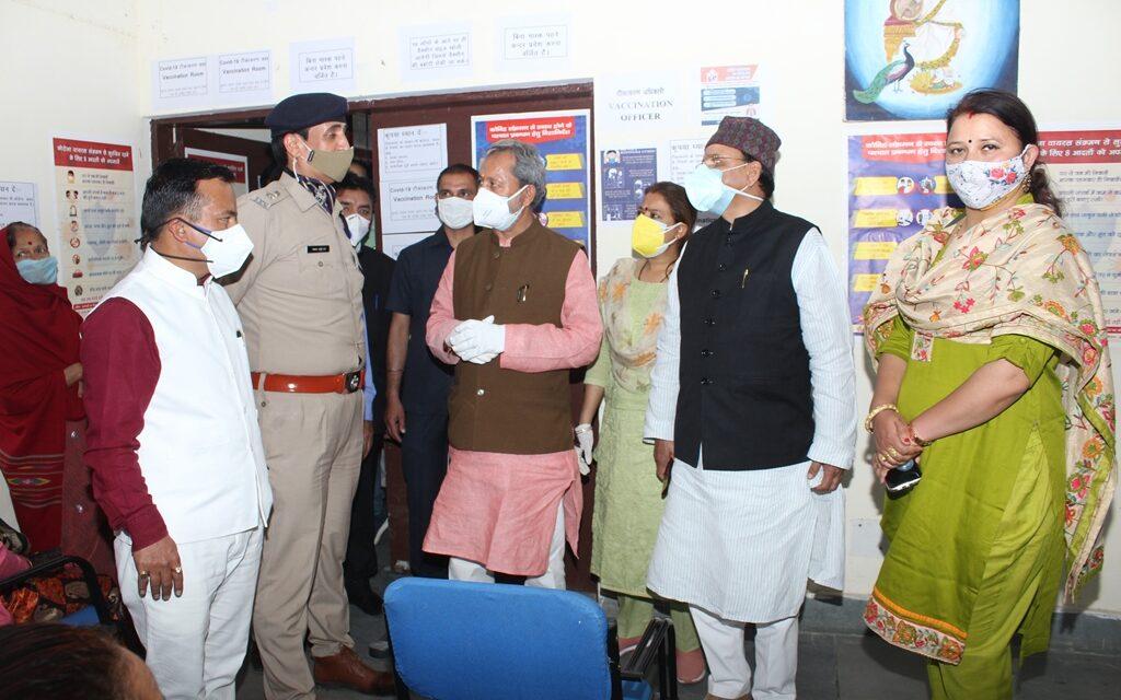 मुख्यमंत्री ने अल्मोड़ा के लिए 35 आक्सीजन कन्सन्ट्रेटर्स का किया आवंटन, एक से दो दिन में मिलेंगे।