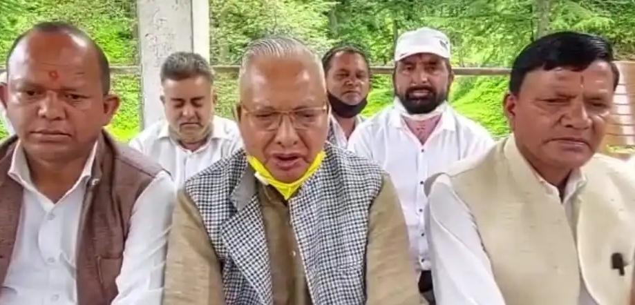भाजपा सांसद धर्मेंद्र कश्यप दवारा मंदिर समिति के लोगों एवं आचार्यो के साथ की गयी गाली गलौज के लिए मांगे माफी-  कुंजवाल
