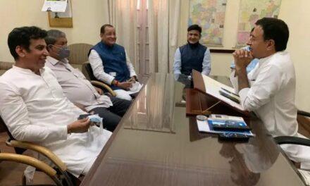 बड़ी खबर -यशपाल आर्य ने की घर वापसी भाजपा छोड़ कांग्रेस  की ग्रहण सदस्यता